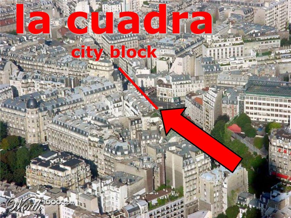 la cuadra city block