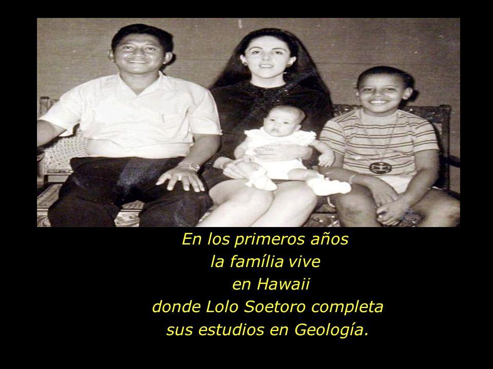 En su nueva família además de su hermana Obama tiene un padrastro Lolo Soetoro, de nacionalidad indonesa.