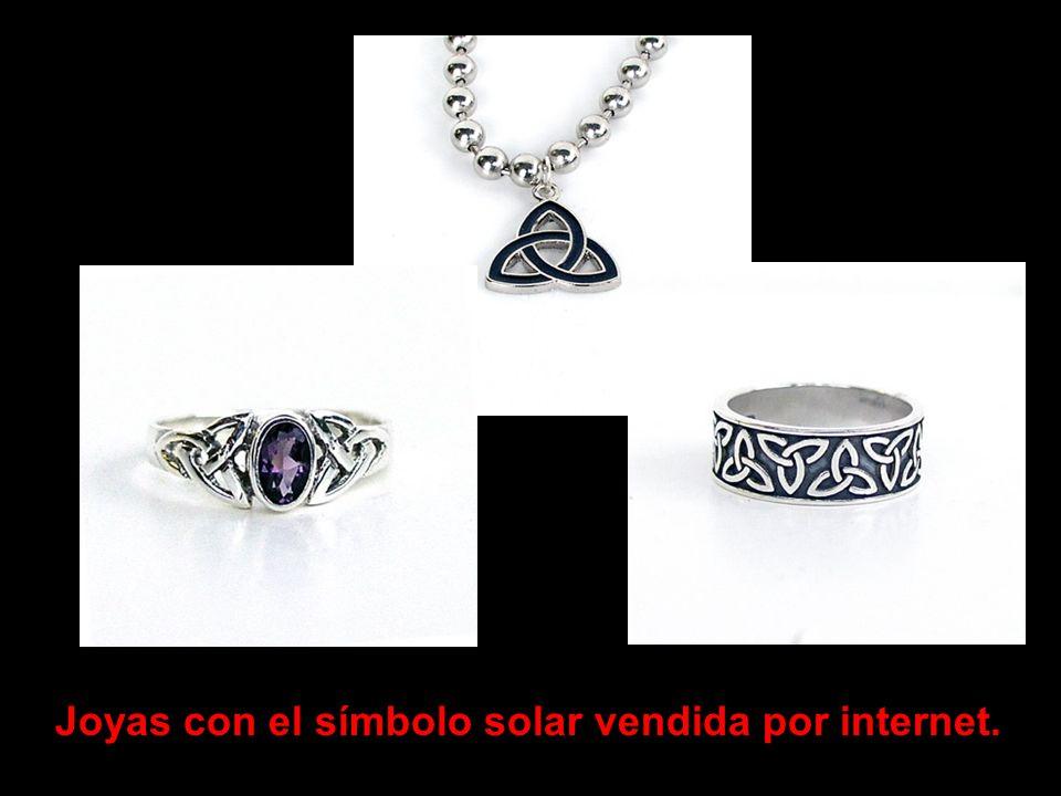 Una figura o símbolo usada en este imagen es derivado de los tres circulos que simboliza el dios sol.