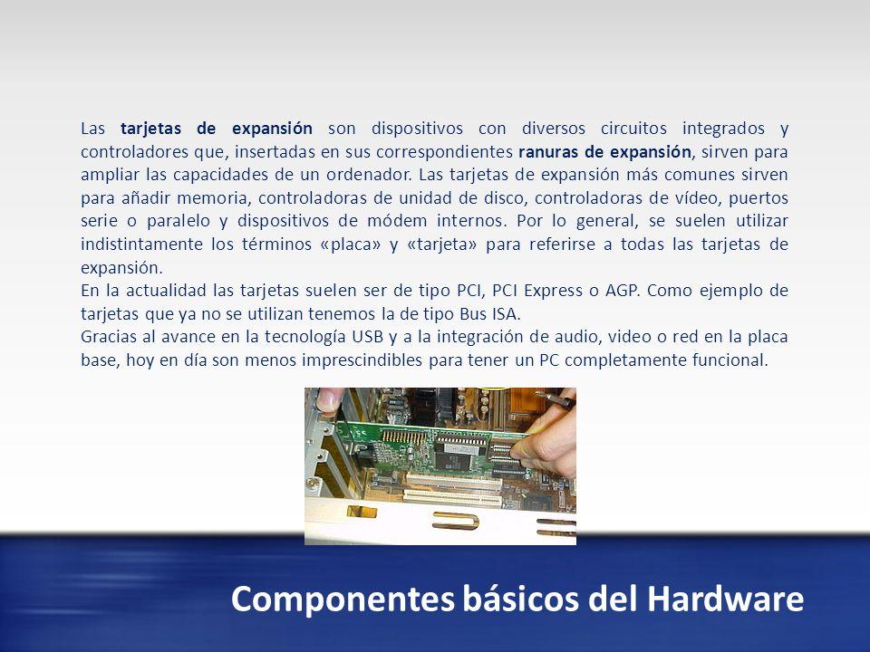 Componentes básicos del Hardware En electrónica, una fuente de alimentación es un dispositivo que convierte la tensión alterna de la red de suministro, en una o varias tensiones, prácticamente continuas, que alimentan los distintos circuitos del aparato electrónico al que se conecta (ordenador, televisor, impresora, router, etc.).
