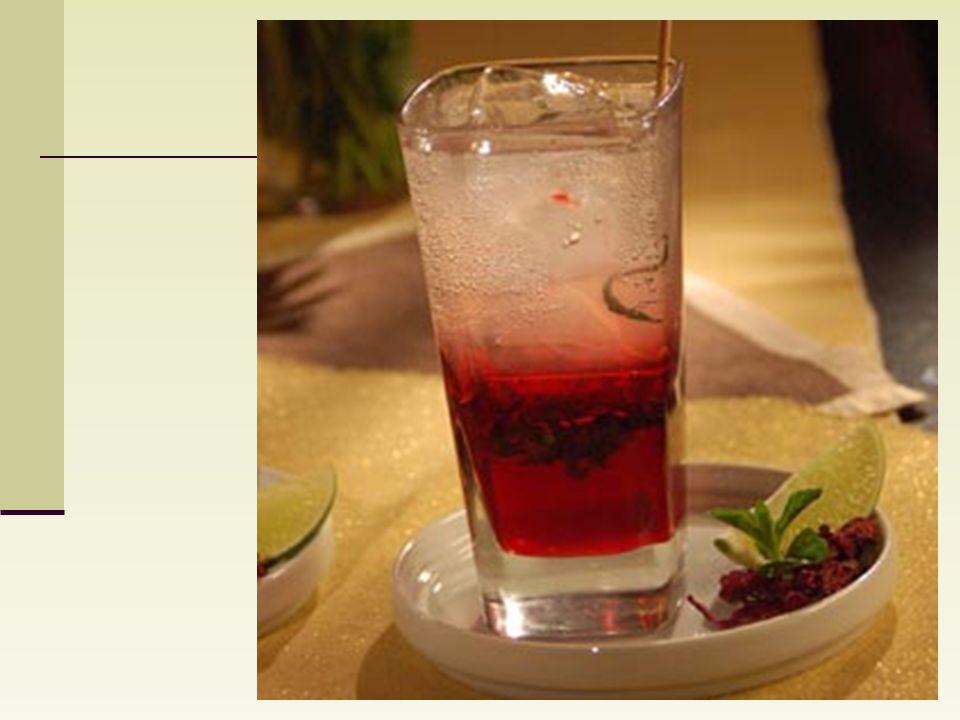 Aparte, en una jarra, al líquido obtenido y se le añade dos litros de agua purificada, se puede tomar sin azúcar o endulzarla al gusto. (hay quienes o