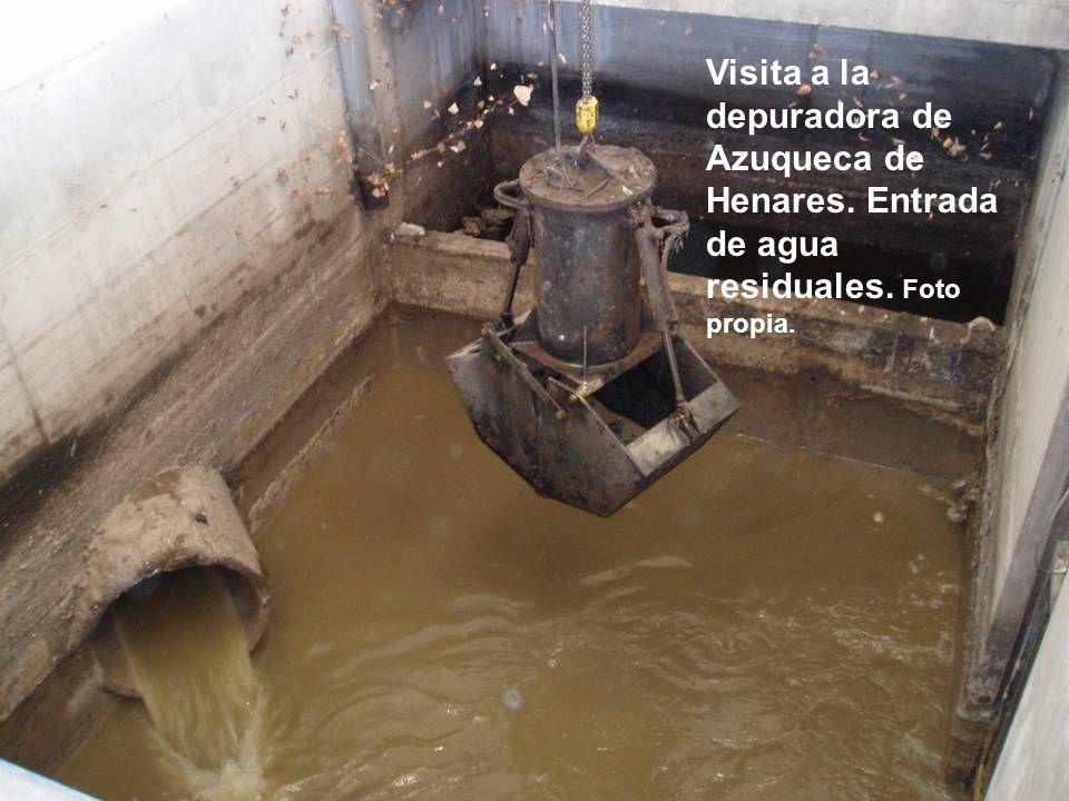 Visita a la depuradora de Azuqueca de Henares. Entrada de agua residuales. Foto propia.