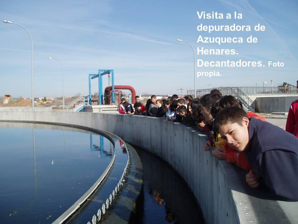 Visita a la depuradora de Azuqueca de Henares. Decantadores. Foto propia.