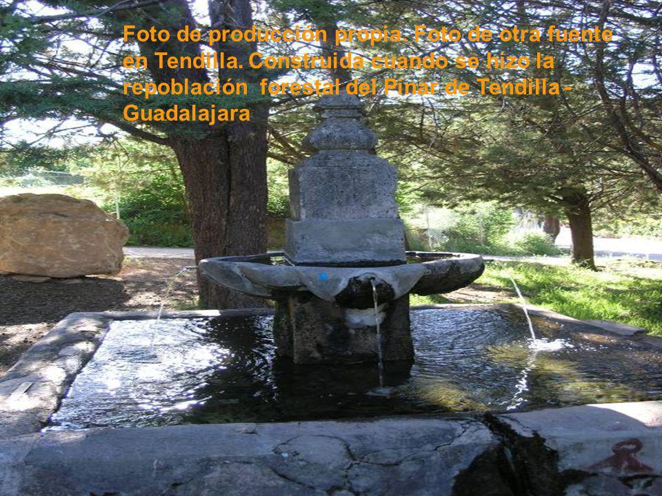 Foto de producción propia. Foto de otra fuente en Tendilla. Construida cuando se hizo la repoblación forestal del Pinar de Tendilla - Guadalajara