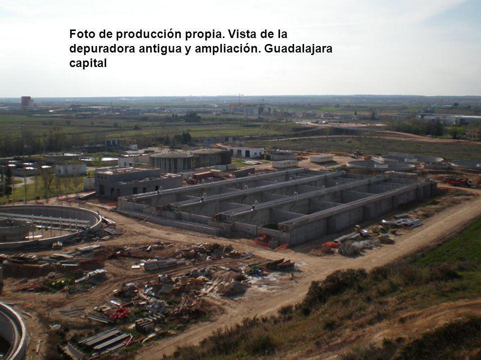 Foto de producción propia. Vista de la depuradora antigua y ampliación. Guadalajara capital
