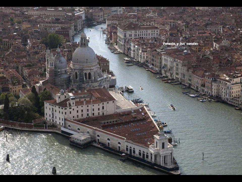 Atardecer en la Laguna Véneta o de Venecia