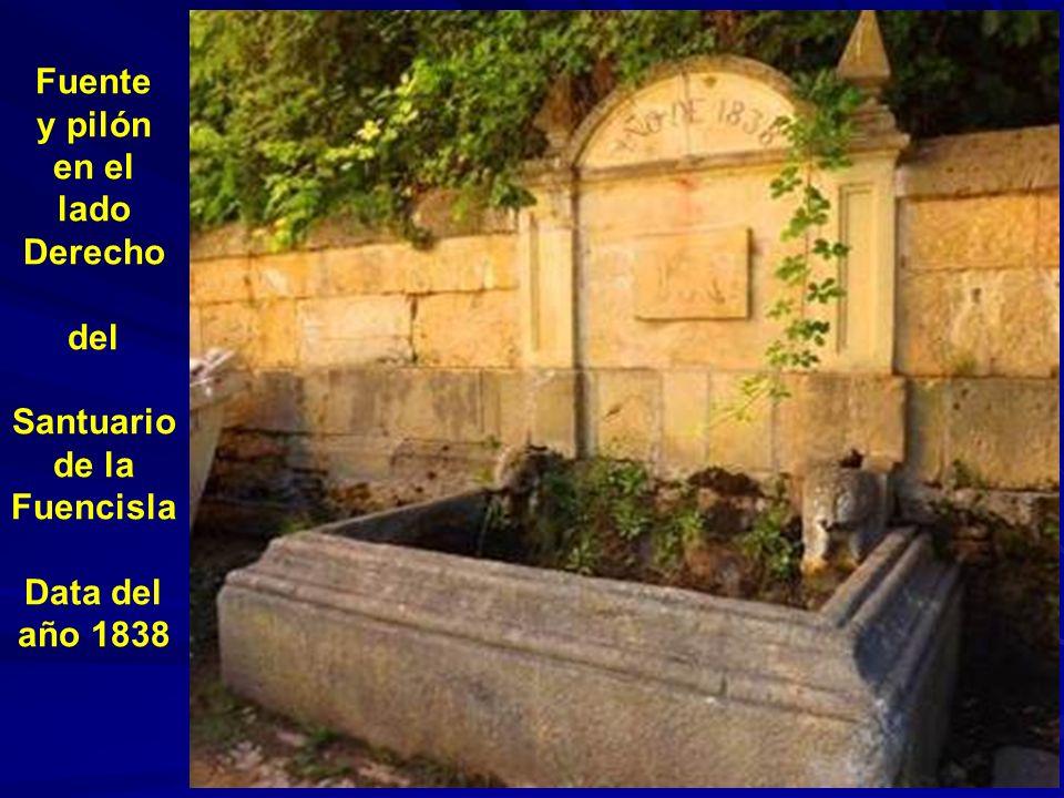 Fuente situada en la plaza del Fielato en el barrio de San Marcos