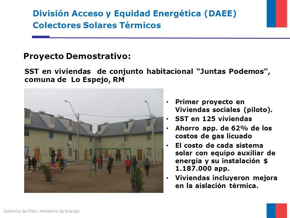 Gobierno de Chile | Ministerio de Energía División Acceso y Equidad Energética (DAEE) Colectores Solares Térmicos Proyecto Demostrativo: SST en vivien