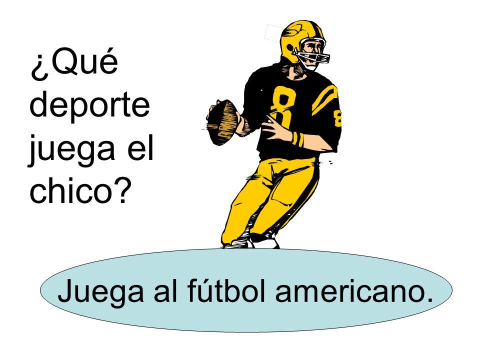 ¿Qué deporte juega el chico? Juega al fútbol americano.