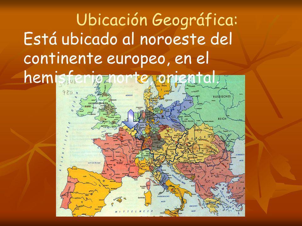 Ubicación Geográfica: Está ubicado al noroeste del continente europeo, en el hemisferio norte, oriental.