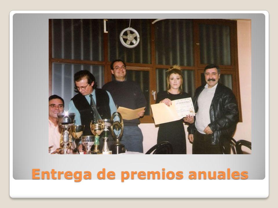 Entrega de premios anuales