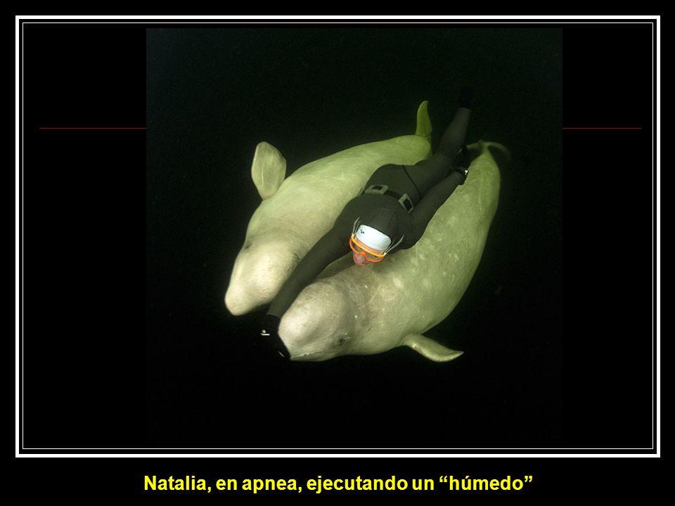 Natalia ejecuta una combinación conocida como húmedo