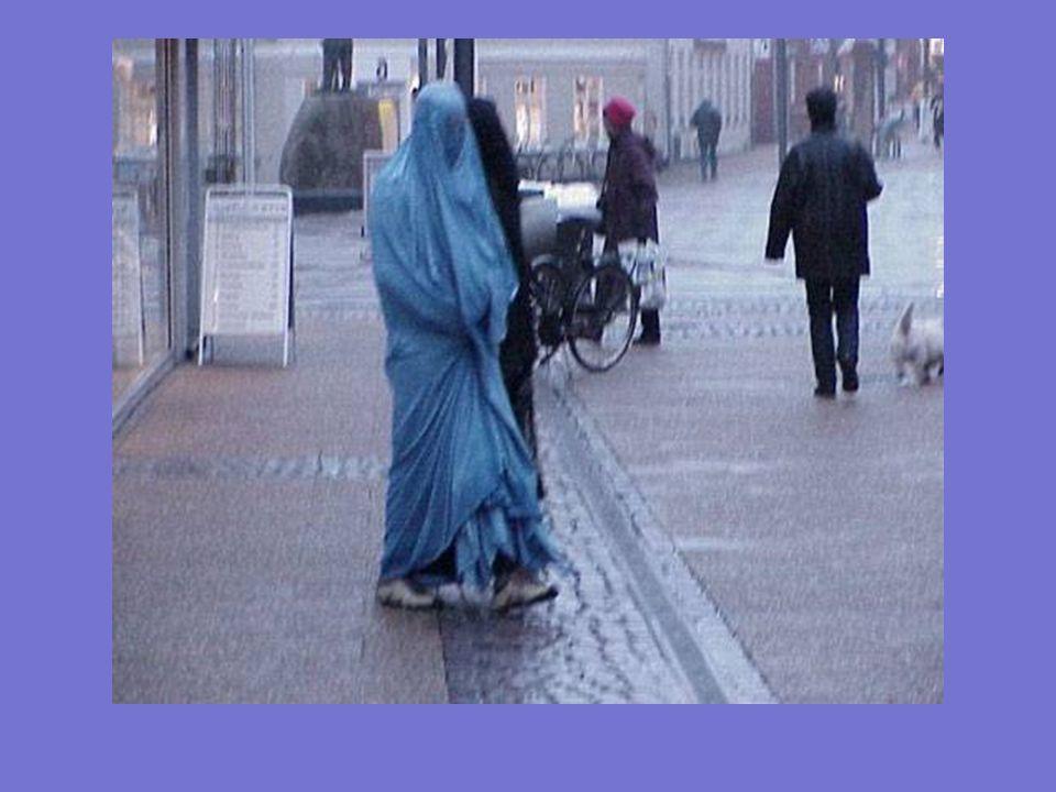 El BURKA actual no es un vestido, es una CÁRCEL de TELA que somete a las mujeres a la dificultad de no ver con claridad nada que no se encuentre a un