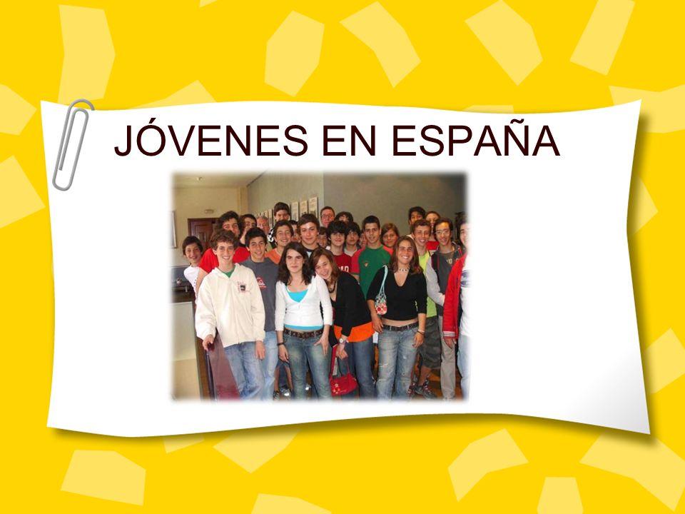 JÓVENES EN ESPAÑA