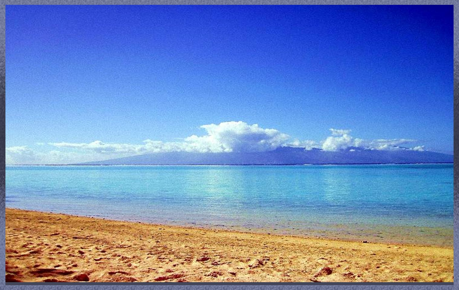 Esta Isla cubre un área de 136 km², con las mejores playas This Island covers a 136 km area ², with the best beaches MOOREA