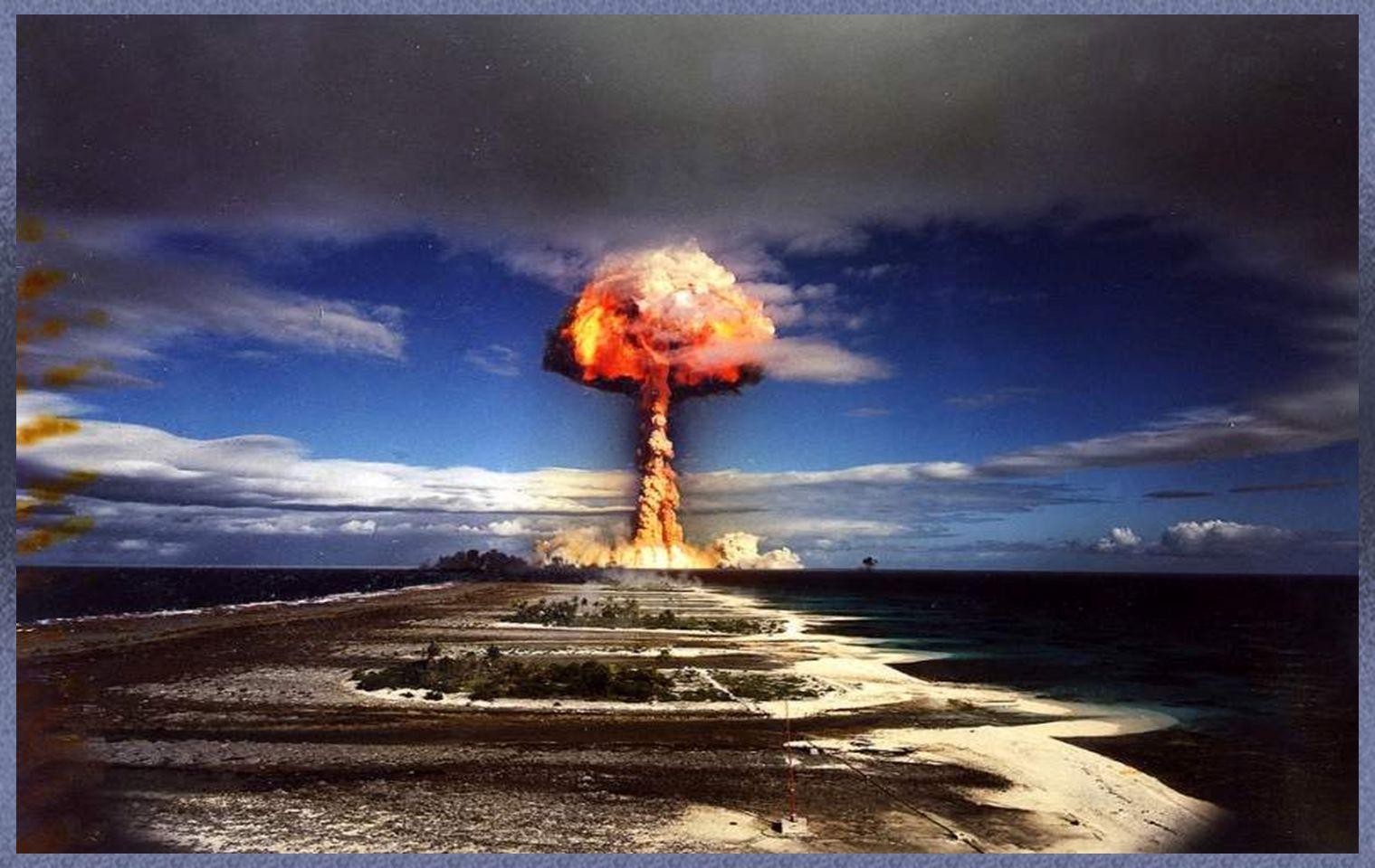 ATOLON MURUROA Desde 1966 hasta 1974 el ejército francés realizó 41 pruebas nucleares atmosféricas, lo que provocó una serie de protestas internacionales y fue hasta 1996 en que Francia abandonó los ensayos.