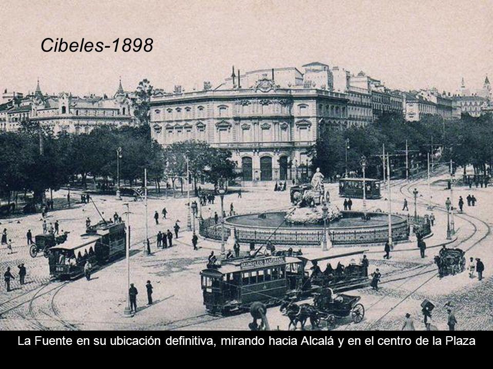 El proyecto se realizó entre 1777 y 1782, y la Fuente estaba destinada para los jardines del Palacio de la Granja de San Idelfonso en Segovia, pero un