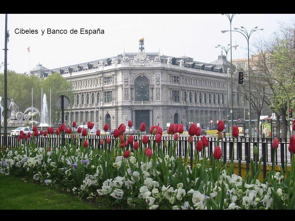 Palacio de Correos y Comunicaciones (Ayuntamiento)