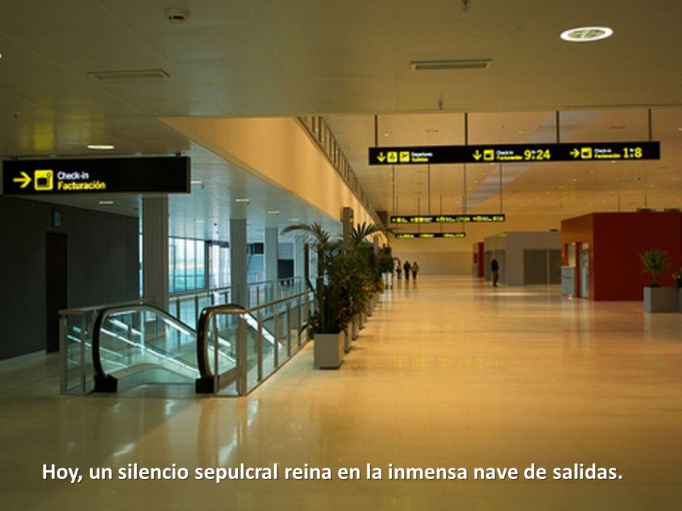 No sorprende, por ejemplo, que el inefable Hernández Moltó, presidente de la Caja Castilla-La Mancha, a quien, sin tener formación suficiente, puso en el cargo el PSOE, esté siendo investigado por malversación de fondos.
