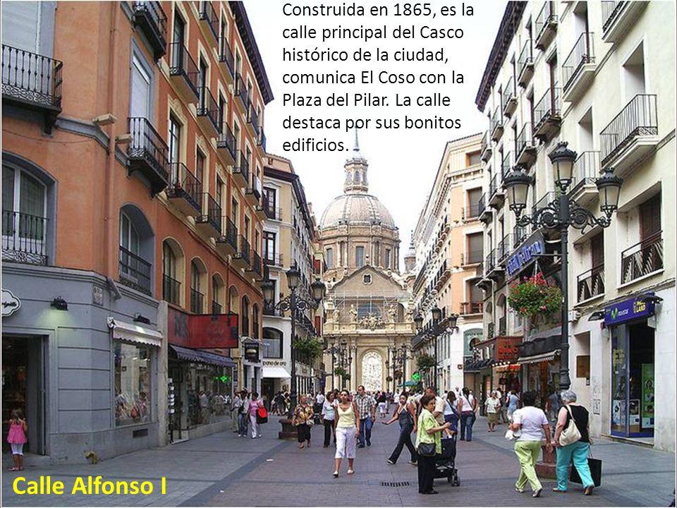 El Tubo es un entramado de estrechas calles de Zaragoza que alberga la principal zona de tapeo de la ciudad y la de más solera. Se puede acceder direc