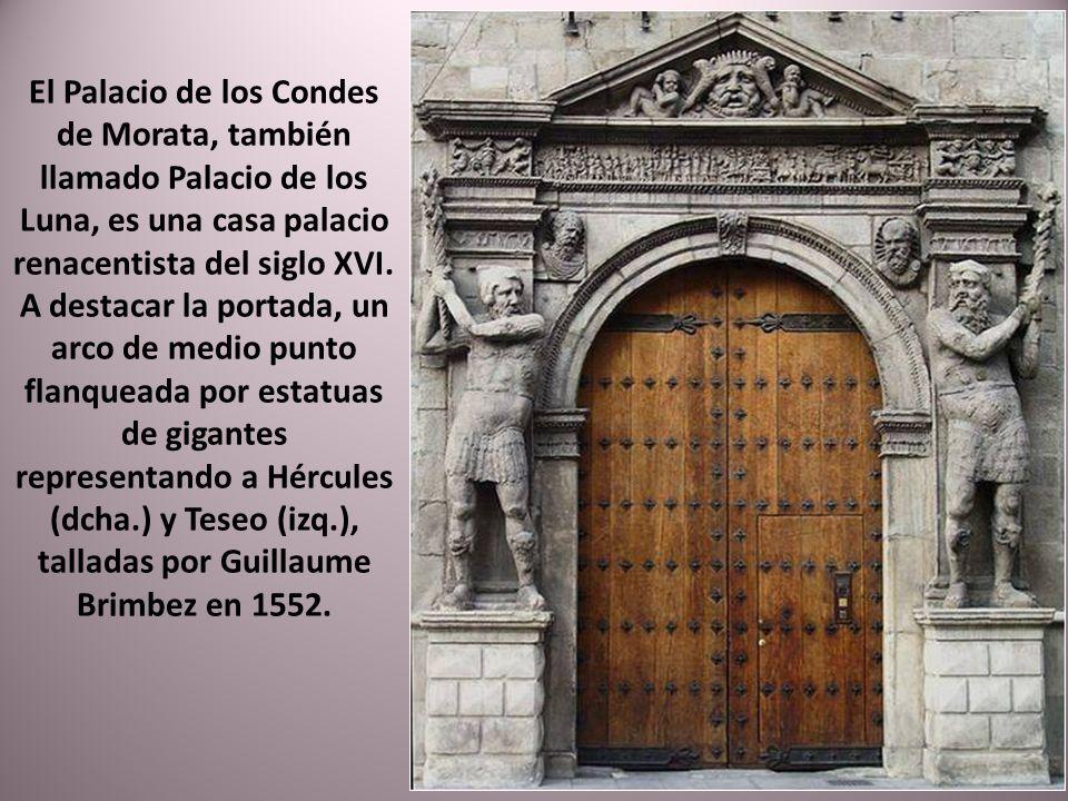 Construida en 1865, es la calle principal del Casco histórico de la ciudad, comunica El Coso con la Plaza del Pilar. La calle destaca por sus bonitos