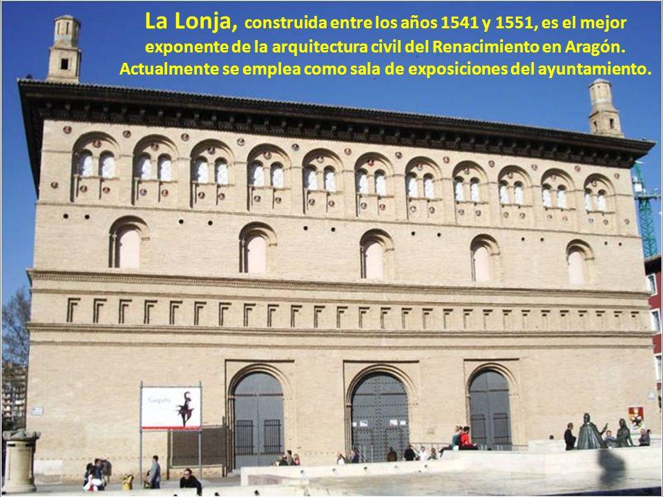 El torreón de La Zuda es lo que queda del palacio de la Zuda, alcázar musulmán situado dentro de la ciudad, en el que se encontraba el gobierno. Su fo