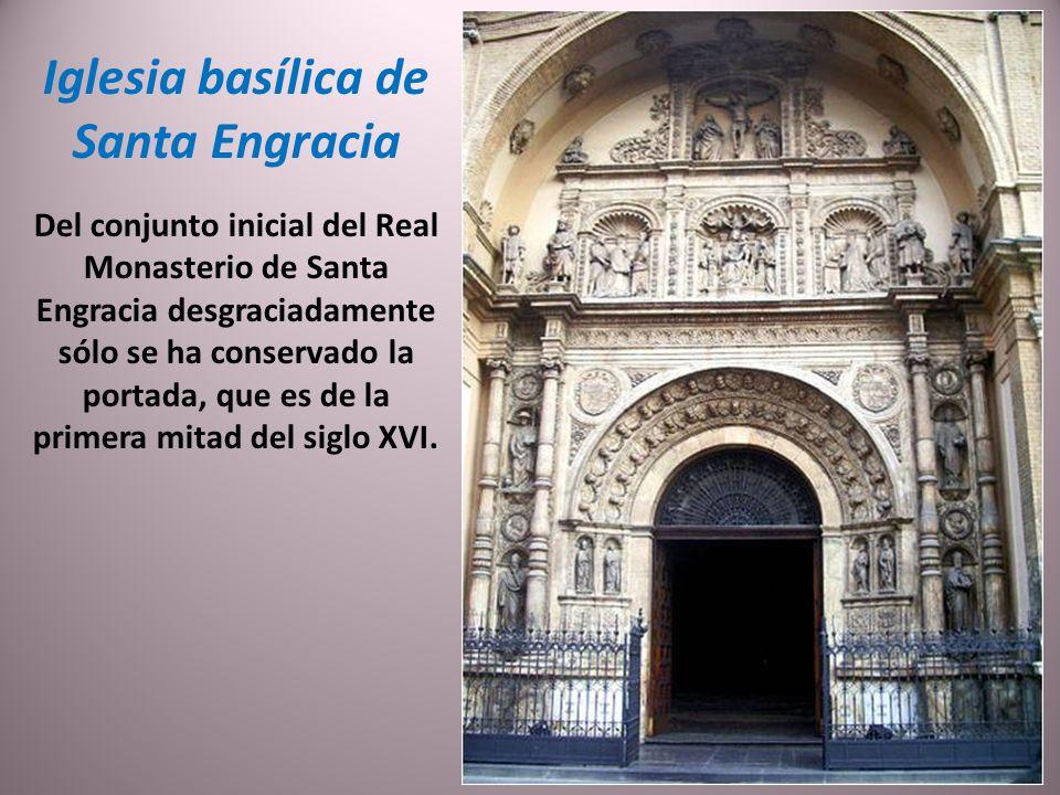 Casa palacio de los Torrero. Es una de las casas palacio más antiguas de la ciudad, ya que fue mandada construir hacia 1500 por Miguel Torrero. Gran p