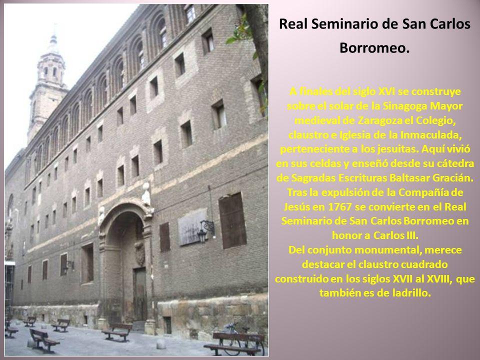La iglesia barroca de Santa Isabel de Portugal, también conocida por iglesia de San Cayetano, fue finalizada en 1706. La fachada está realizada en ala