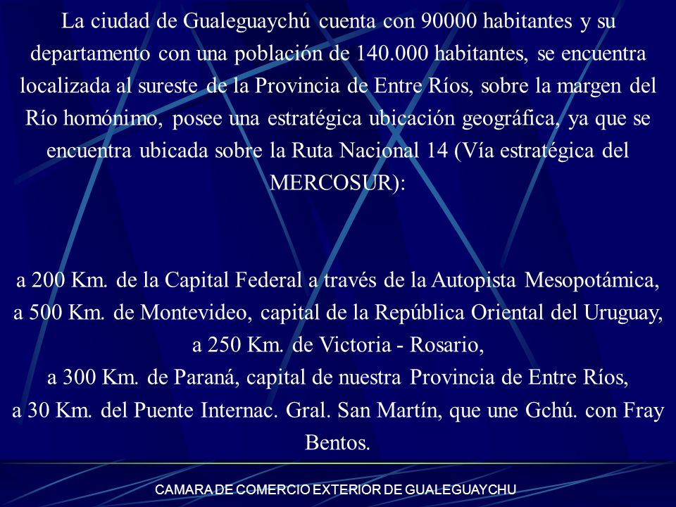 La ciudad de Gualeguaychú cuenta con 90000 habitantes y su departamento con una población de 140.000 habitantes, se encuentra localizada al sureste de