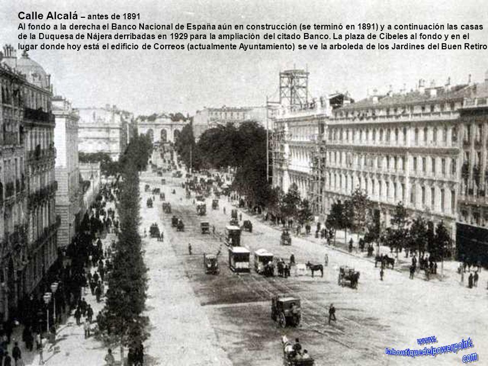 Puerta del Sol – antes de 1857 Vista de la Puerta del Sol antes de 1987 en que empezó la reforma. A la izquierda el edificio sede de la Comunidad Autó