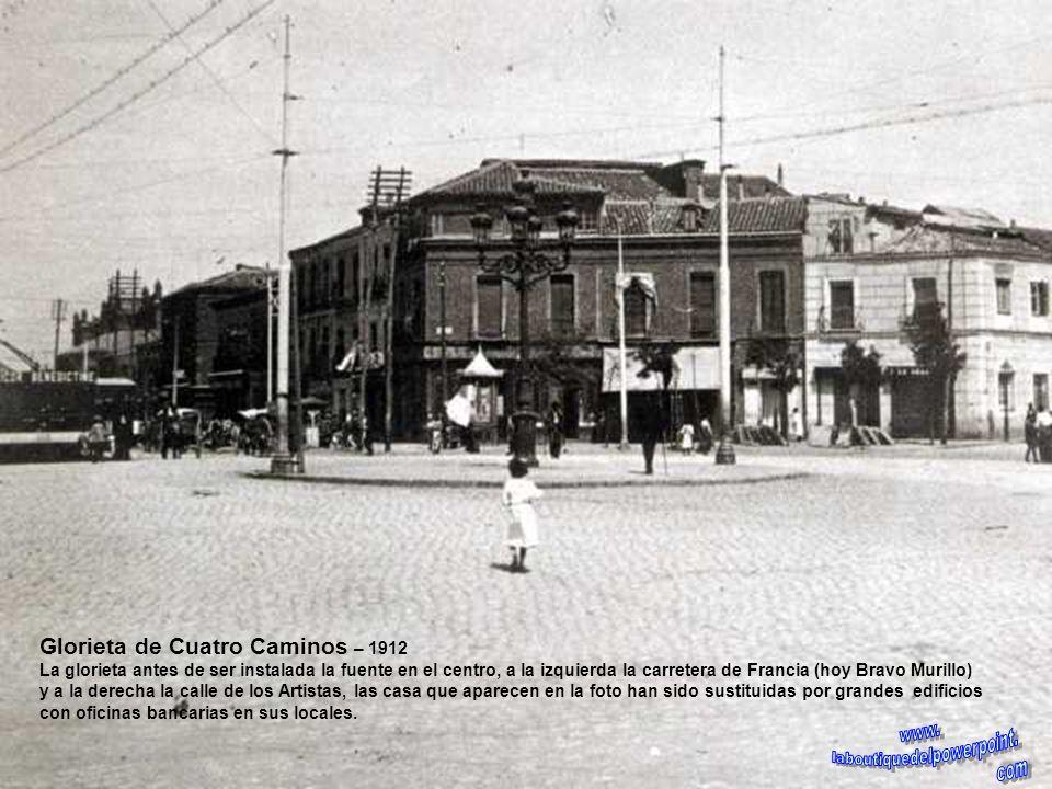Glorieta de Bilbao – años 30 En el centro la estatua de Bravo Murillo inaugurada en 1902, las casas del fondo se mantienen actualmente, Luchana a la d