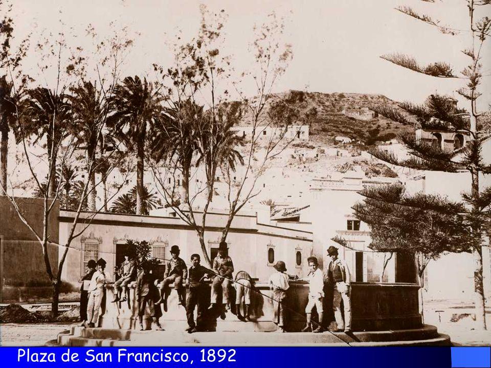 La plaza de San Francisco en la situación en que estuvo a finales del XIX, ha perdido su nombre, siendo el espacio rectangular que la contenía, en el