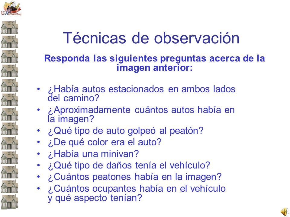 Responda las siguientes preguntas acerca de la imagen anterior: ¿Había autos estacionados en ambos lados del camino? ¿Aproximadamente cuántos autos ha