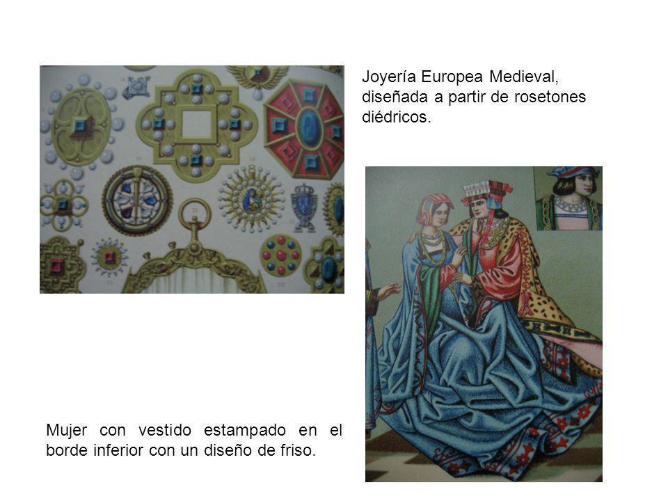 Joyería Europea Medieval, diseñada a partir de rosetones diédricos. Mujer con vestido estampado en el borde inferior con un diseño de friso.
