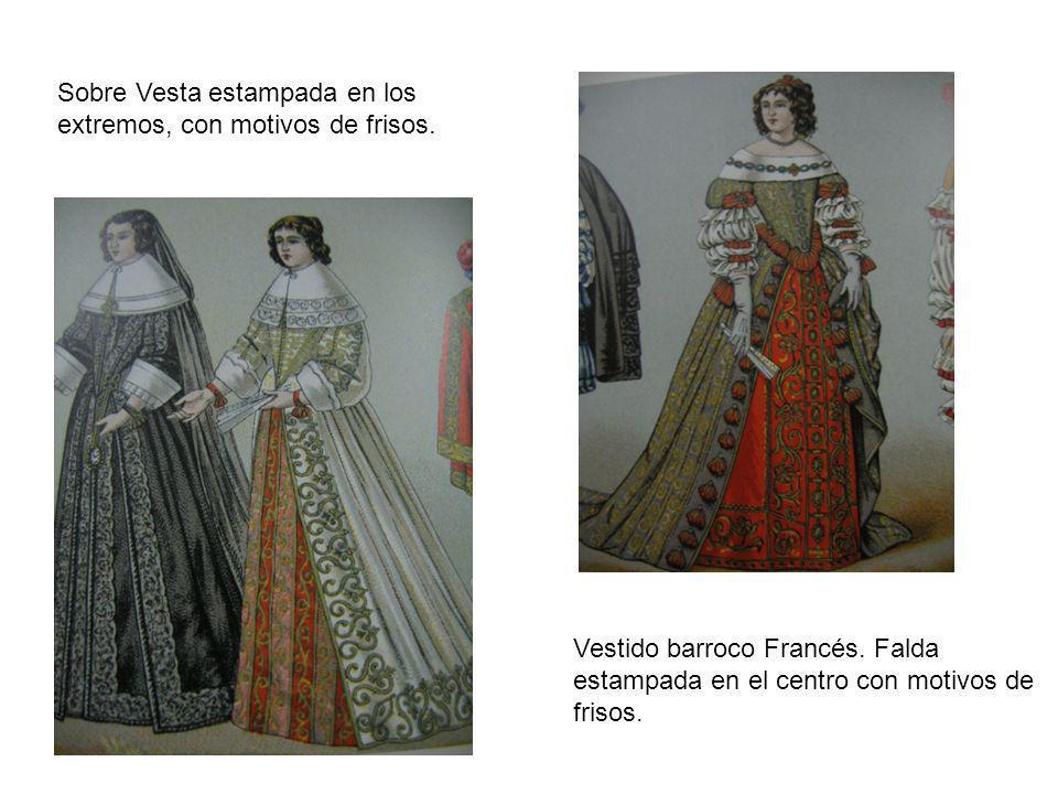 Vestido barroco Francés. Falda estampada en el centro con motivos de frisos. Sobre Vesta estampada en los extremos, con motivos de frisos.