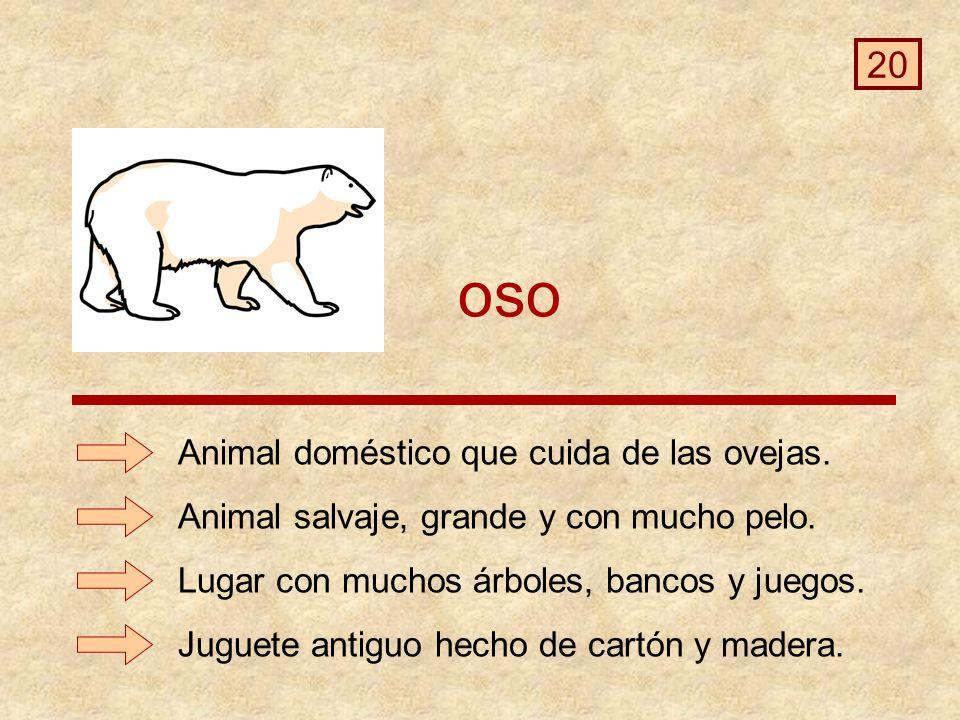oso Juguete antiguo hecho de cartón y madera.Animal doméstico que cuida de las ovejas.