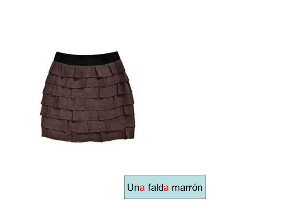 Una falda marrón