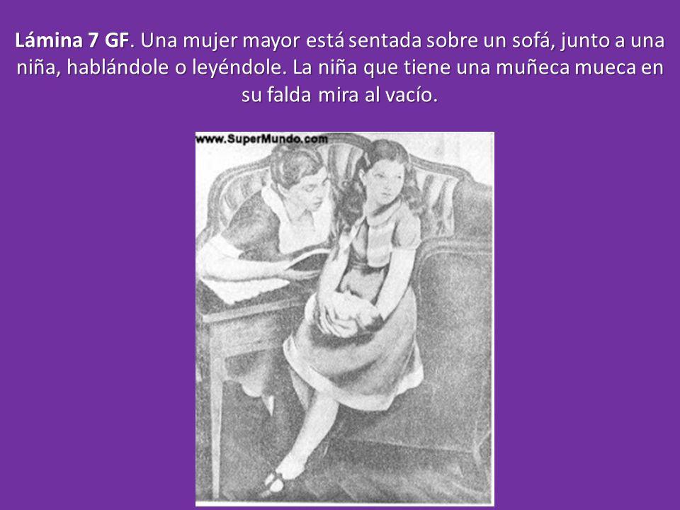 Lámina 7 GF. Una mujer mayor está sentada sobre un sofá, junto a una niña, hablándole o leyéndole. La niña que tiene una muñeca mueca en su falda mira