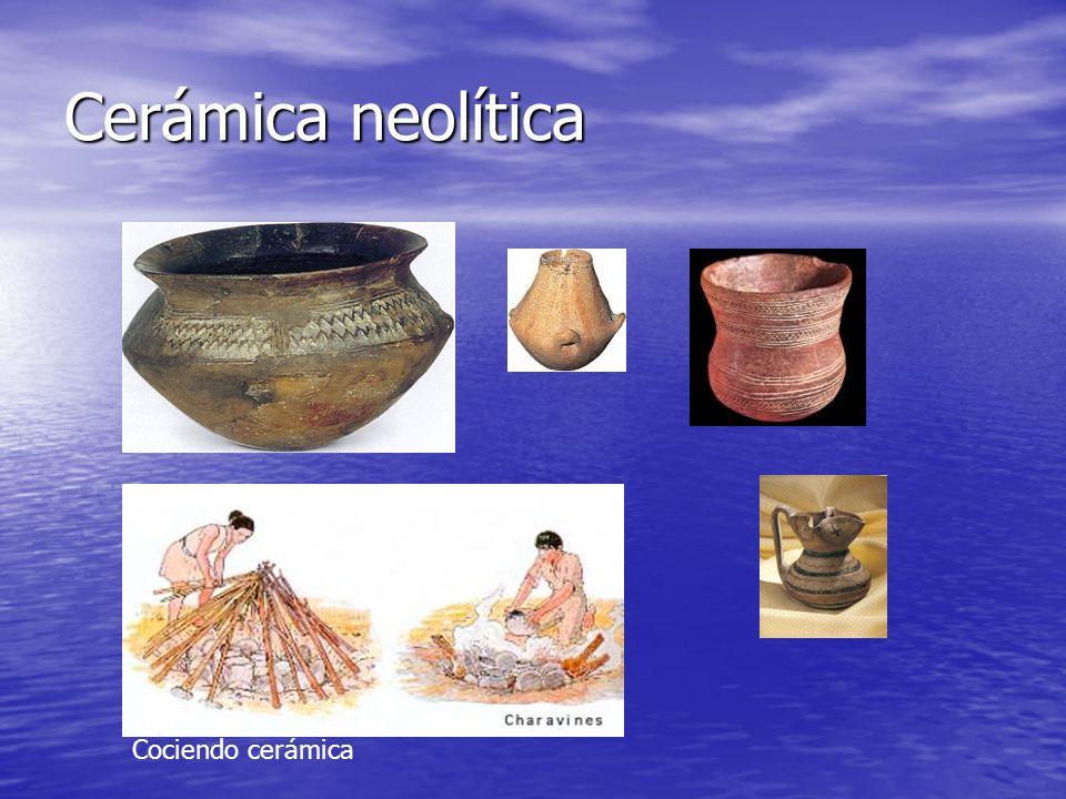 Cerámica neolítica Cociendo cerámica
