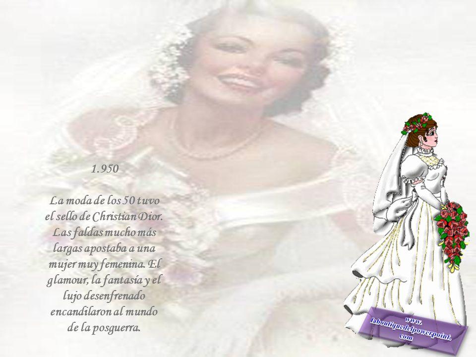 1.940 El traje sastre fue el equipo favorito de las novias durante La guerra. Los ramos y tocados se resolvían con flores de tela.