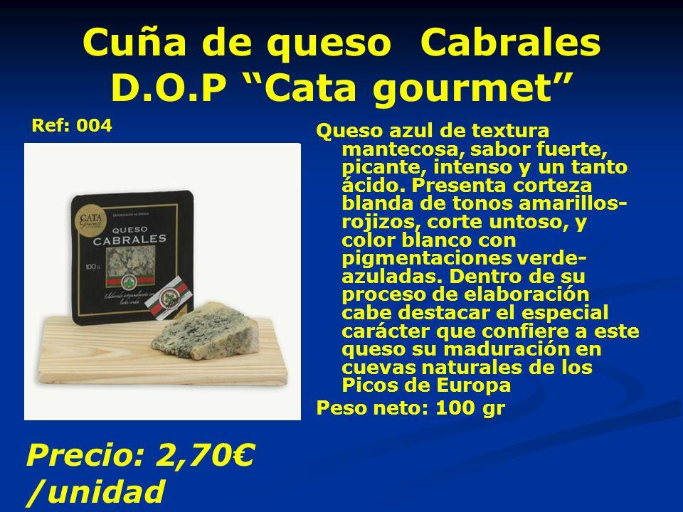 Cuña de queso Cabrales D.O.P Cata gourmet Queso azul de textura mantecosa, sabor fuerte, picante, intenso y un tanto ácido.