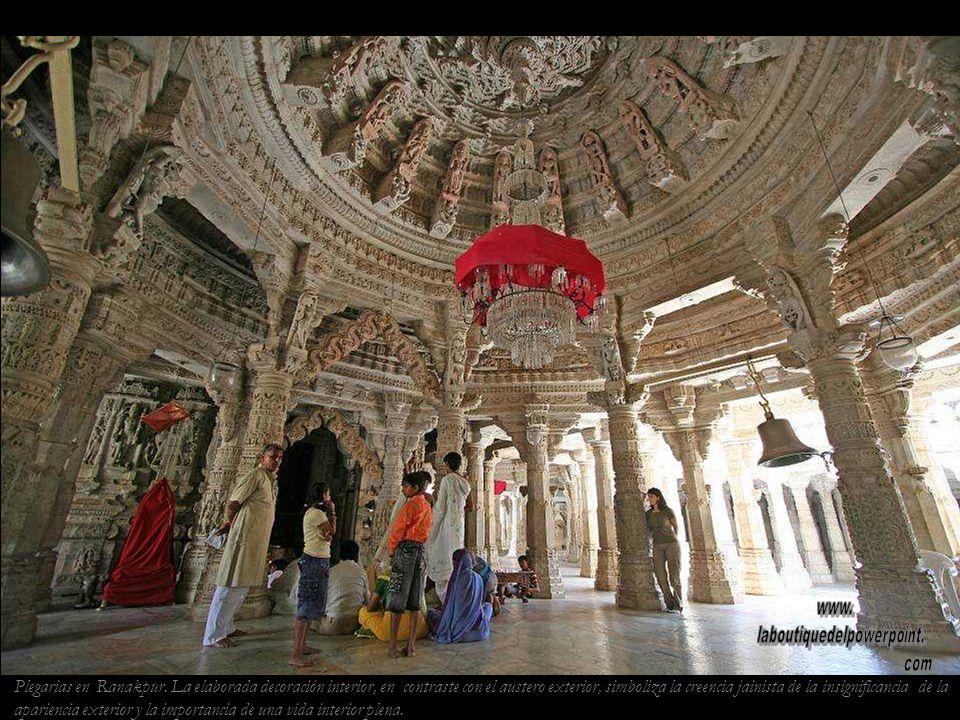 Templo jainista de Ranakpur. Es el mayor y más hermoso templo jainista de la India.