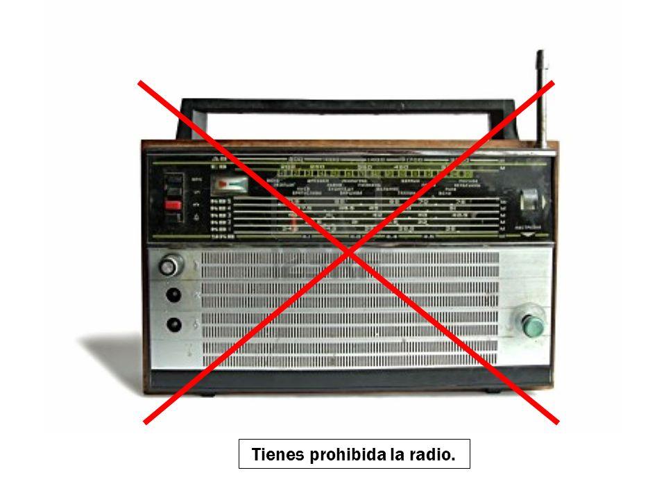 Tienes prohibida la música extranjera.