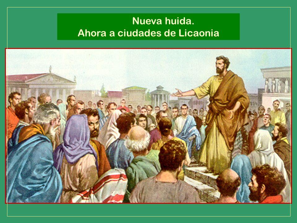 Con todo se detuvieron allí bastante tiempo, hablando con valentía del Señor que les concedía obrar por sus manos señales y prodigios, dando así testi