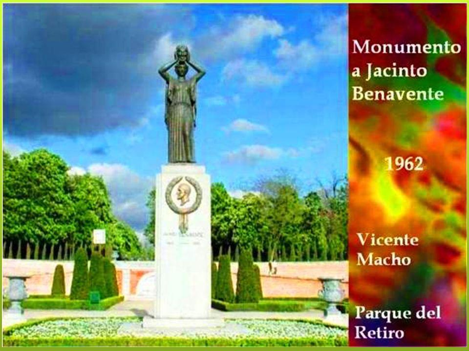 MONUMENTO A LA REPUBLICA DE CUBA Fue proyectado en las postrimerías del reinado de Alfonso XIII para corresponder al monumento que la Cuba del general Machado dedicó a España en la Habana.