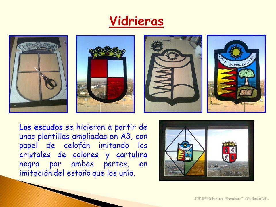 Vidrieras Los escudos se hicieron a partir de unas plantillas ampliadas en A3, con papel de celofán imitando los cristales de colores y cartulina negr