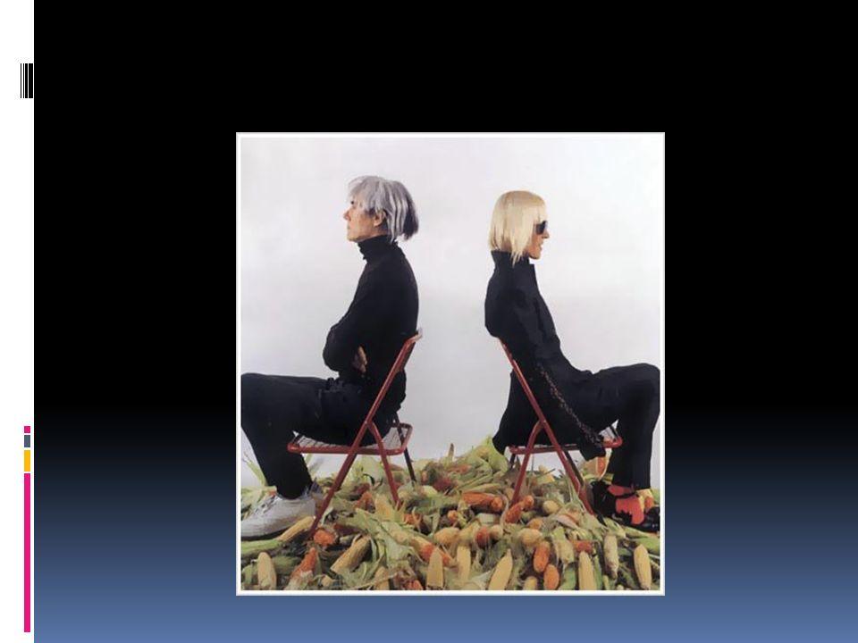 Barbara Kruger HACER ARTE ES OBJETIVAR TU EXPERIENCIA DEL MUNDO, TRANSFORMAR EL FLUJO DE MOMENTOS EN ALGO VISUAL, TEXTUAL O MUSICAL.