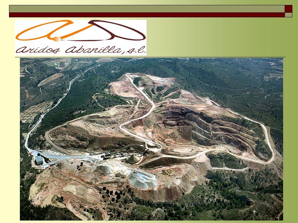 Situada en el término de El Marjal Alto en el término municipal de Abanilla (Murcia). Esta formada por la agrupación de varias canteras existentes en