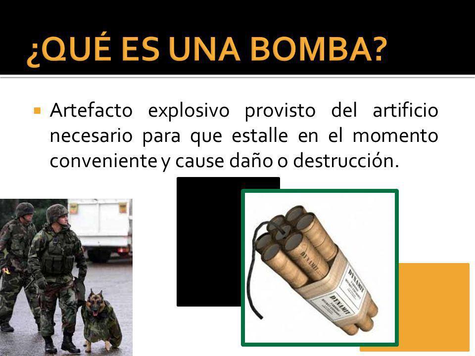Artefacto explosivo provisto del artificio necesario para que estalle en el momento conveniente y cause daño o destrucción.