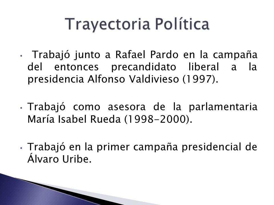 Trabajó junto a Rafael Pardo en la campaña del entonces precandidato liberal a la presidencia Alfonso Valdivieso (1997). Trabajó como asesora de la pa